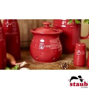 Porta Alho Staub Ceramic 500ml Cereja