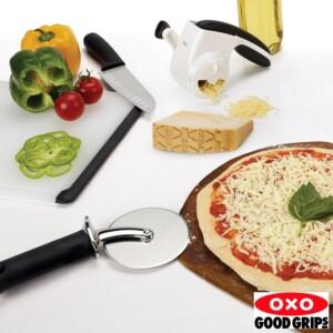 Cortador de Pizza Oxo Good Grips com Disco de 10cm de Aço Inox