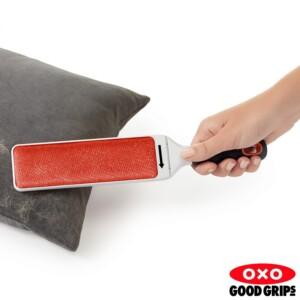 Escova para Limpeza Oxo Good Grips com Estojo Higiênico