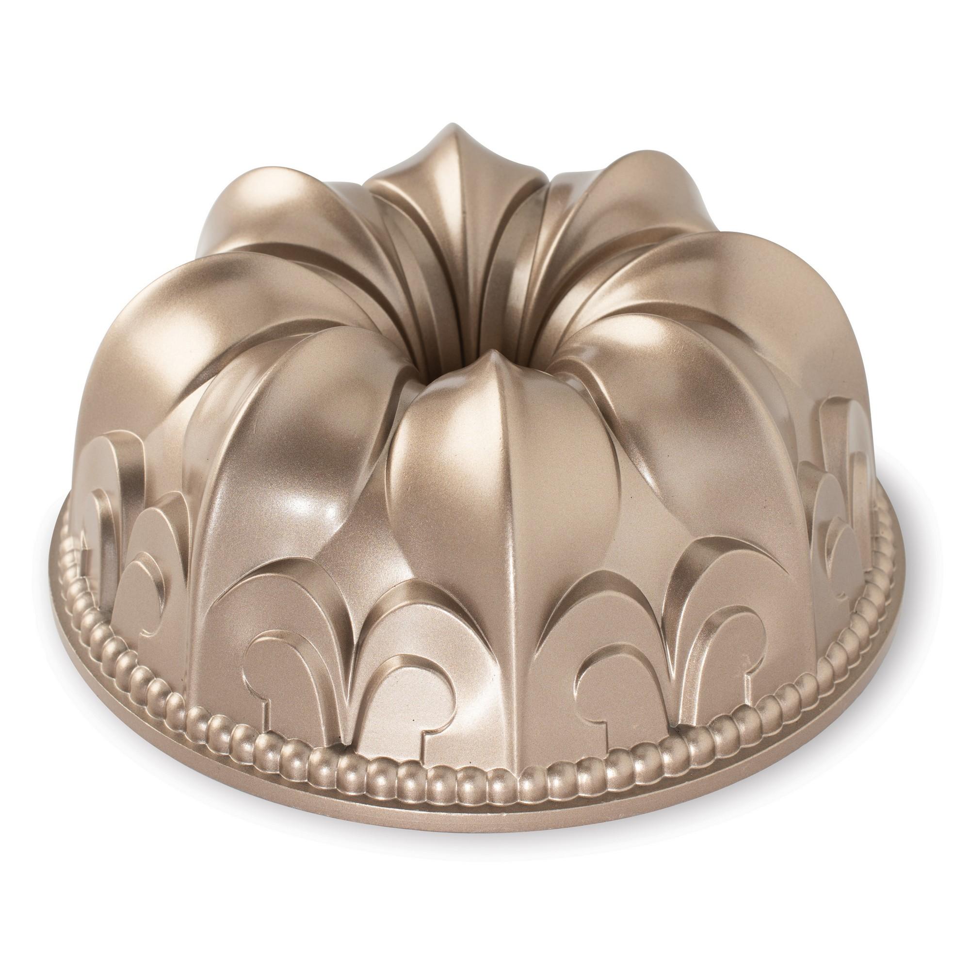 Fôrma para Bolo Nordic Ware Fleur de Lis Redonda 24cm Toffee de Alumínio Fundido